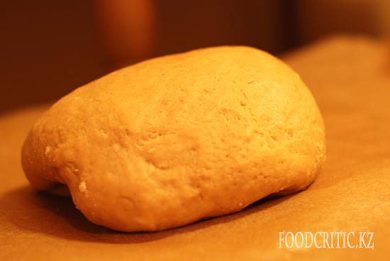 Приготовление новогоднего печенья на Foodcritic.kz