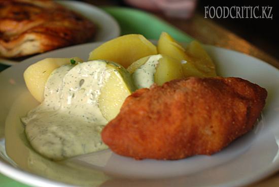 Ресторан Грабли в Москве - котлета по-киевски и картошка