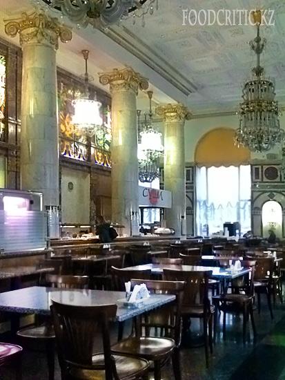 Ресторанный дом Центральный в Москве - интерьер