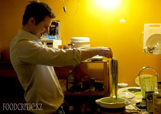 Паста с песто от Андрэа Солинас на Foodcritic.kz